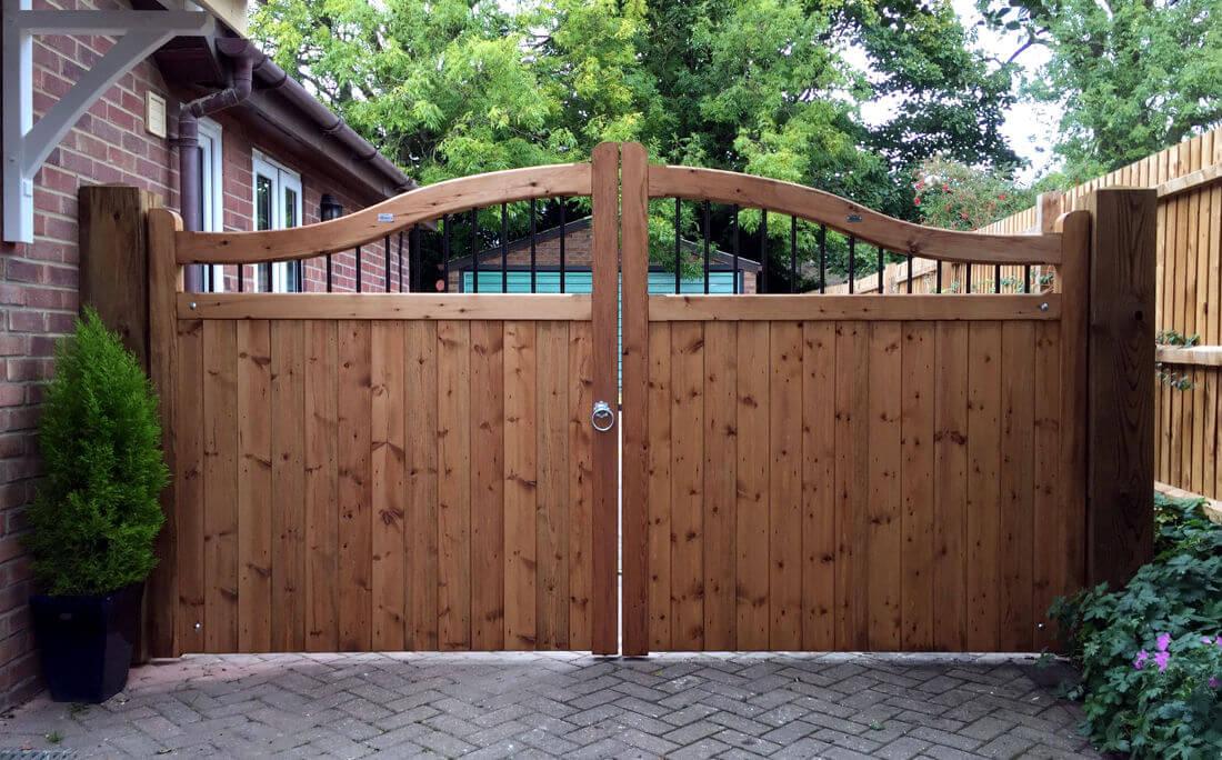 garage door repair Gate 1