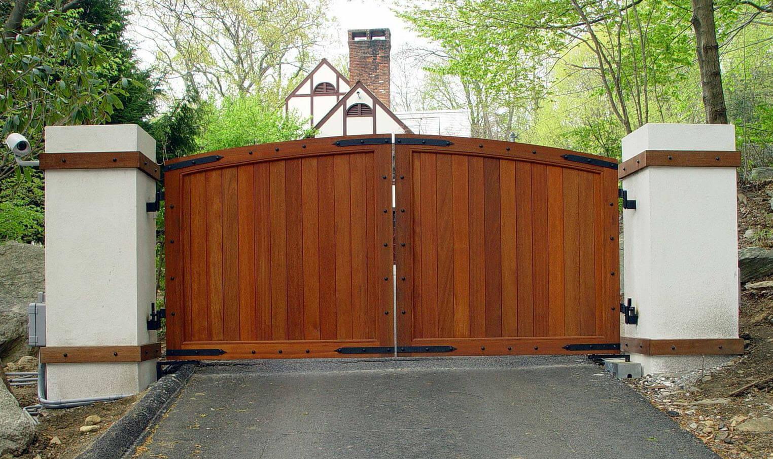 garage door repair Gate 3