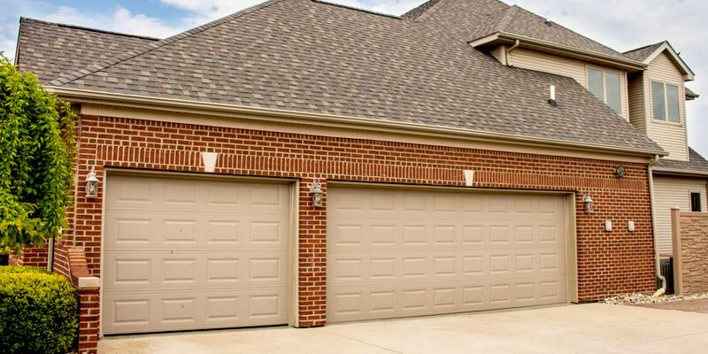 The Procedure to Maintain A Commercial Garage Door - Johnson's Garage Door Repair 4