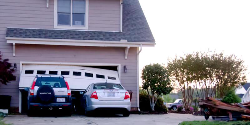 Arrange Your Garage with These 7 Helpful Tips - Johnson's Garage Door Repair