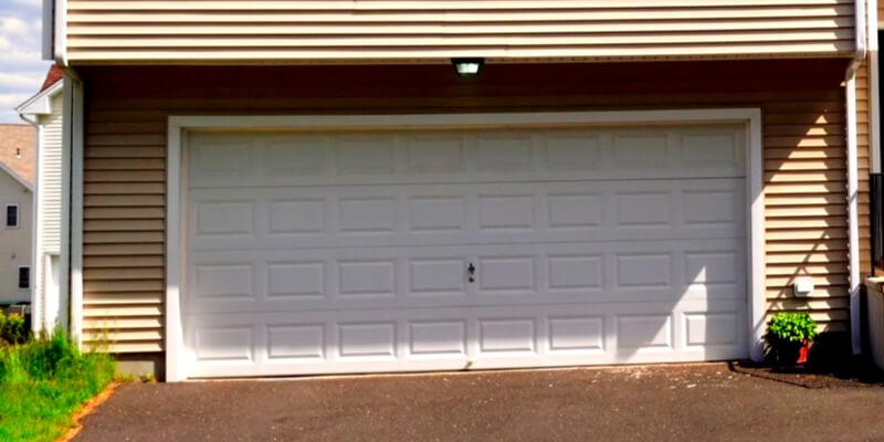 Leading 5 Reasons for Hiring Professionals for Garage Door I - Johnson's Garage Door Repair 2