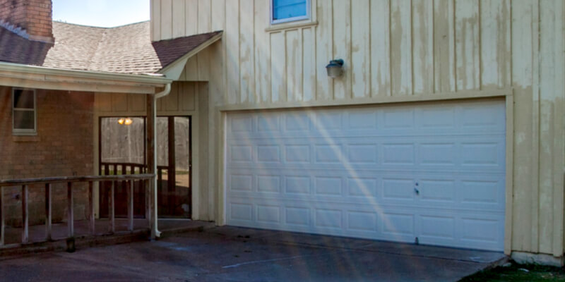 7 Tips to Preserve Your Garage Door in the Summer duration - Johnson's Garage Door Repair