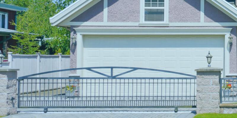 Arrange Your Garage with These 7 Valuable Tips - Johnson's Garage Door Repair