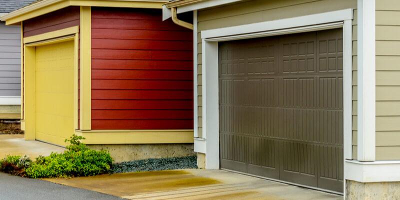 5 Obvious Signs Denote You Need To Go For Garage Door Service - Johnson's Garage Door Repair