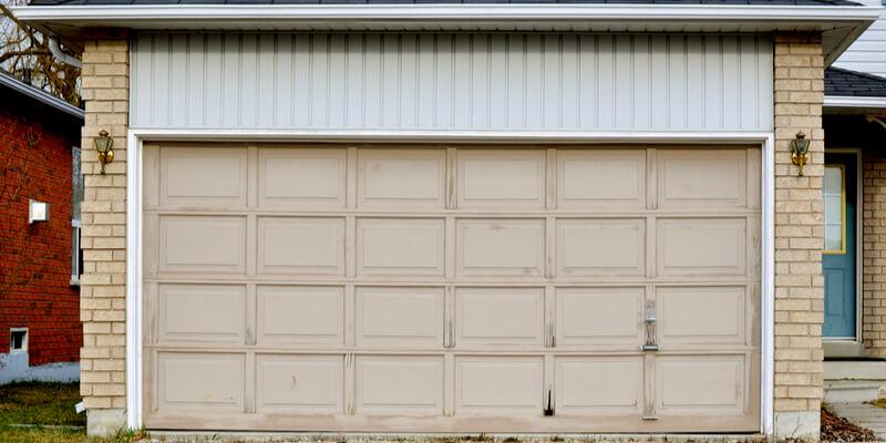 5 Variables You Ought To Safeguard versus Do It Yourself Gar... - Johnson's Garage Door Repair