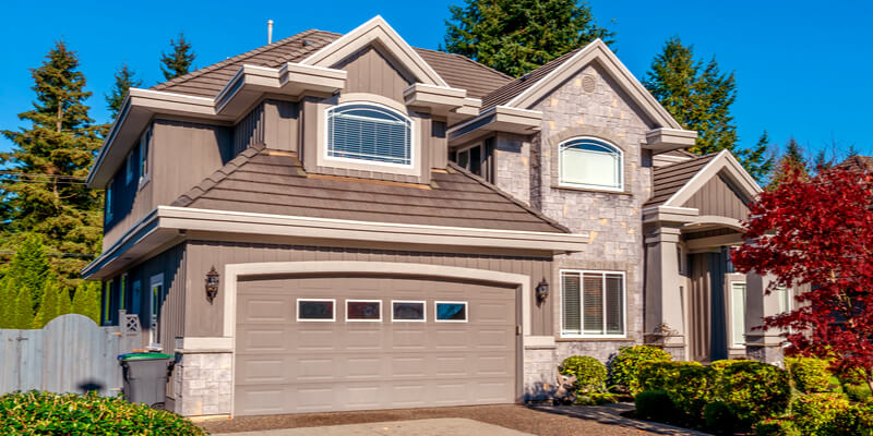 Acquire a Comprehensive Idea of Your Garage Door Here - Johnson's Garage Door Repair