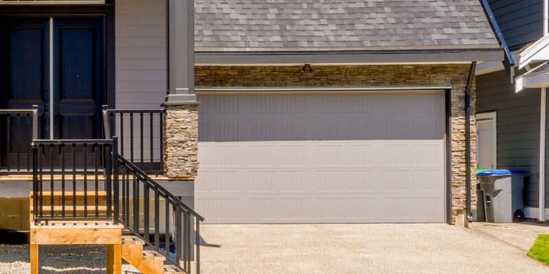 Leading 5 Reasons for Hiring Professionals for Garage Door I - Johnson's Garage Door Repair