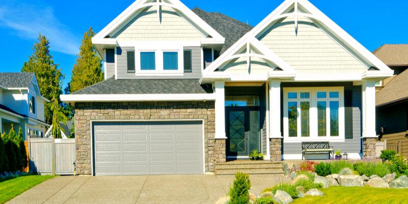 The Procedure to Maintain A Commercial Garage Door - Johnson's Garage Door Repair