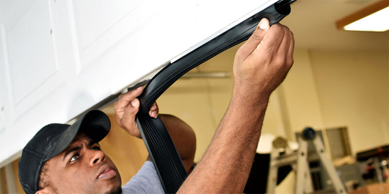 garage door seal repair - Johnsons Mobile Garage Door Repair